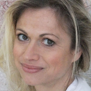 Anne Huiber
